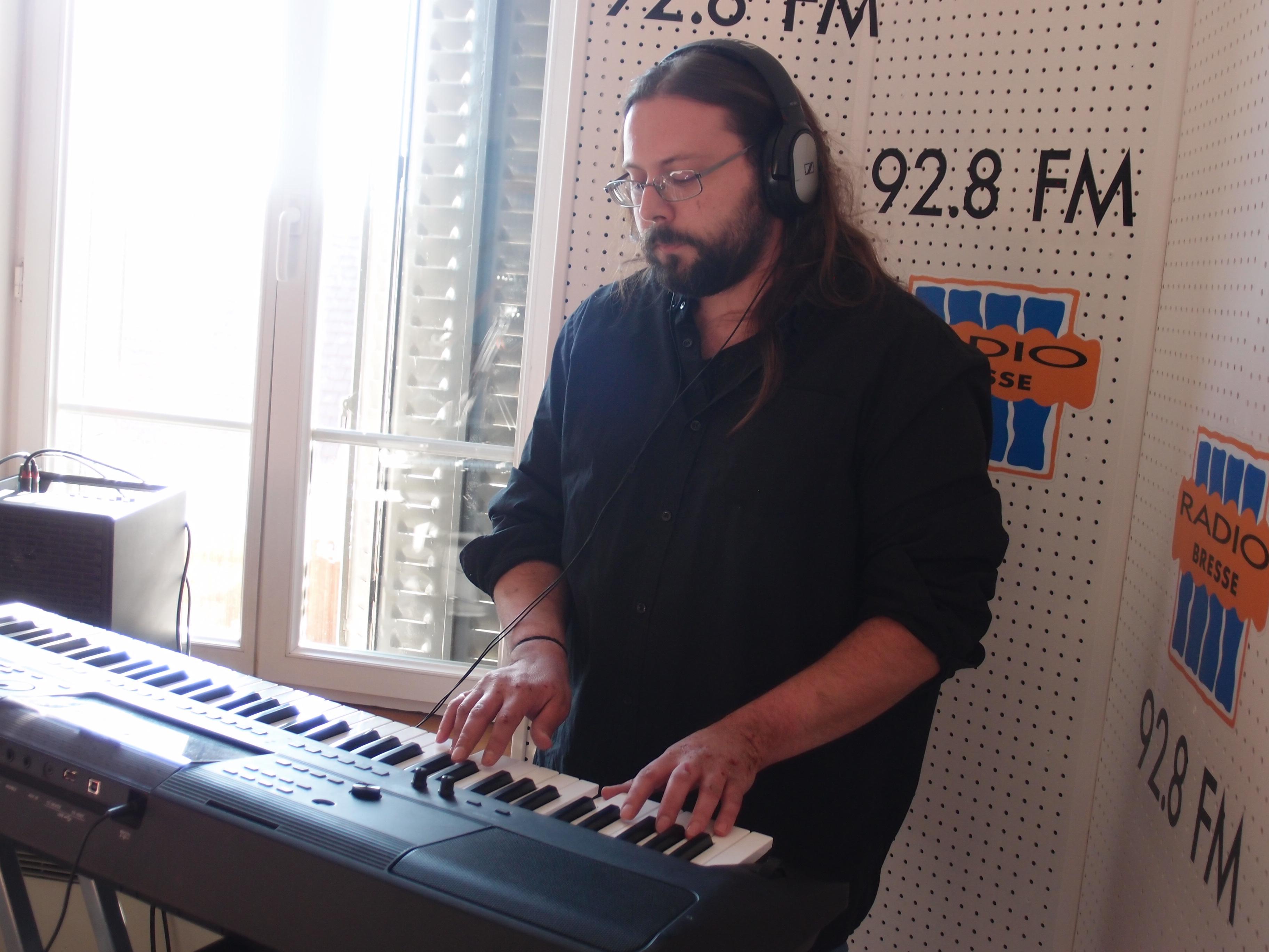 "Le Groupe ""Sioban"" dans Radio Ziko Thérapie"